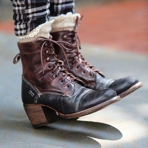 Bed Stu Shoes - RARE Bed Stu leather victorian lace up boots
